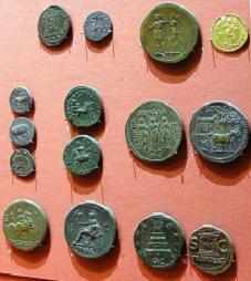 Roman coins from the regular Madrid numanistic market